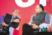 Arun Jaitley (right) with Bharti Enterprises chairman Sunil Mittal at the launch of Airtel Payments Bank in New Delhi on Thursday. Photo: Pradeep Gaur/Mint