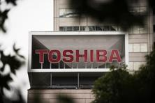 Thursday's decline puts Toshiba at almost half of its value since mid-December, when it surprised investors with a disclosure of a write-down in the billions of dollars. Photo: Bloomberg