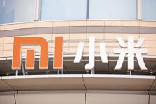 Xiaomi, which was valued at about $45 billion in 2014, is resorting to traditional selling techniques to make inroads into the next generation of smartphone buyers who eschew buying online. Photo: Bloomberg