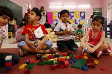 The Delhi government had made it compulsory for the 298 private schools built on DDA land to admit children for nursery schools who live in that neighbourhood. Photo: HT