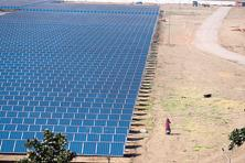 Karnataka Solar Power Development Corp. has managed to acquire 12,000 acres of the 13,000 acres identified for the Pavagada solar park project, and related infrastructure work has started in earnest. Photo: Pradeep Gaur/Mint