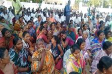 Hundreds of fishermen protesting in Rameswaram on Tuesday against the alleged killing of a 21-year-old by the Sri Lankan Navy on Monday night. Photo: PTI