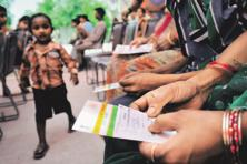A Ministry of Corporate Affairs notice said all MCA21 services shall be available based on Aadhaar based authentication only. Photo: Priyanka Parashar/Mint