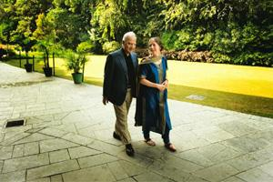 Keep walking: Ved and Lynn Mehta at the India International Centre in New Delhi. They have been married 26 years and have two children. Harikrishna Katragadda / Mint