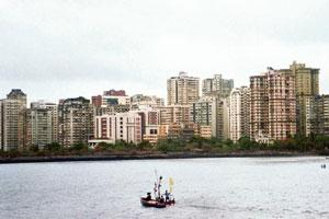 Past its prime? Nariman Point in Mumbai. Office rentals in the area declined by about 8% in 2011 owing to higher prices and low quality. Photo: Hindustan Times.