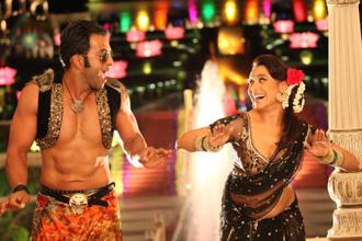 A still from the film 'Aiyyaa' starring Prithviraj (left) and Rani Mukerji (right)