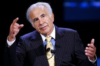 CNBC said Carl Icahn's plan calls for a $50 billion buyback programme. Photo: Bloomberg