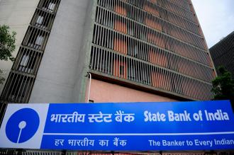 The rise in bad loans meant that SBI had to set aside Rs4,149 crore as provisions. Photo: Pradeep Gaur/Mint