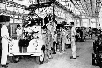 A 1949 photo of the Ennore factory of Ashok Motors, the forerunner of Ashok Leyland. Photo: Hinduja archives