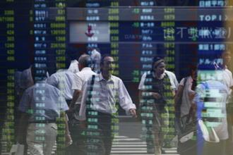 Tokyo slipped 0.40%, Hong Kong fell 0.84%, Sydney shed 1.10% and Shanghai eased 1.47%, while Seoul was 0.42% lower. Photo: Reuters