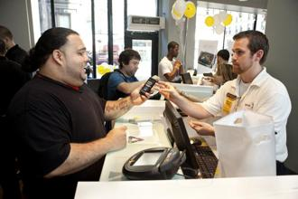 Chief executives must make it a top strategic priority to earn customer and employee loyalty. Photo: Bloomberg