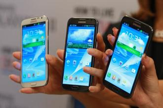 Operating profit at Samsung fell to 5.2 trillion won ($4.7 billion) in the three months ended December. Photo: Bloomberg
