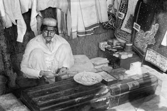 An Indian textile dealer in East Africa in the early 1900s. Photo: Haeckel Collection/Ullstein Bild/Getty Images