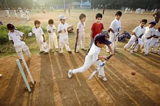 Children practising cricket at a summer coaching camp in Shivaji Park in Mumbai. Photo: Prasad Gori/Hindustan Times