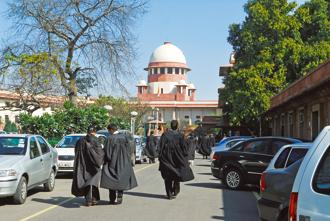One area where the older law schools will have the incumbent advantage and continue winning over younger ones for a while, are in their alumni networks. Photo: Pradeep Gaur/Mint