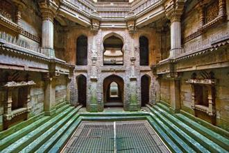 The Adalaj step well, built in 1499 by the king Mohammed Begda. Photographs by Maniyarasan Rajendren