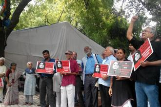 About 100 activists collected at Jantar Mantar, New Delhi in solidarity with Teesta Setalvad. Photo: Mint