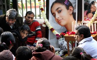 A file photo of Rajesh and Nupur Talwar, parents of Aarushi Talwar at Jantar Mantar in New Delhi in January 2011. Photo: Hindustan Times