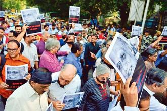 Authors, artistes and civil rights activists led a silent protest march against the threat to freedom of expression in the country, in New Delh on 23 October 2015. Photo: Priyanka Parashar/Mint