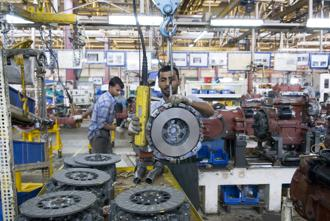 The Index of Industrial Production (IIP) shrank 1.3% in December, led by a decline in manufacturing activity, under the impact of incessant rains in south India just after Diwali shutdowns led to a 3.4% contraction in IIP in November. Photo: Mint