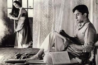 Shashi Kapoor with Leela Naidu in the film The Householder (1963). Directed by James Ivory, the film belongs to the era before he dived into doing commercial films.
