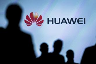 Huawei, one of the world's largest makers of networking gear, said it's offered to charge Samsung a fair and reasonable rate but Samsung refuses to pay. Photo: Reuters