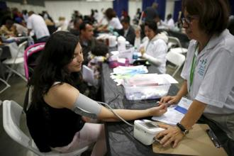 The consumerist economy in the US aggressively invests in turning people into health freaks. Photo: Reuters
