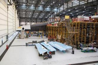 Vulcan Aerospace's Stratolaunch rockets' left fuselage assembly is shown under construction by Northrop Grumann Scaled Composites at the Mojave Air and Space Port in Mojave, California. Photo: Reuters