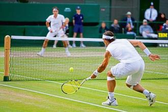 Rafael Nadal against Roger Federer at the 2008 Wimbledon final. Photo: Lewis Whyld-Pool/Getty Images