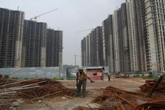 New property projects in the NCR region have dropped by a staggering 41% as developers focus on finishing existing units. Photo: Mint