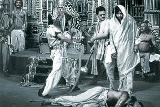 The Mahabharat scene in Jaane Bhi Do Yaaro (1983)