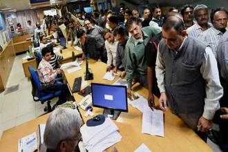 India had seen the largest currency withdrawal programme in nearly 40 years, and a moderate to large crowd was certainly expected. Photo: PTI