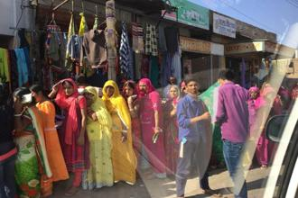 Queue outside a bank in Bikaner. Photo: Sandip Ghose