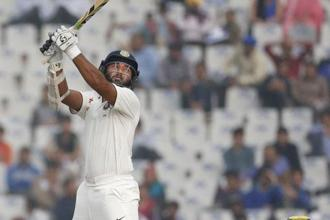 Parthiv Patel will play the fourth Test in Mumbai from today. Photo: Altaf Qadri/AP
