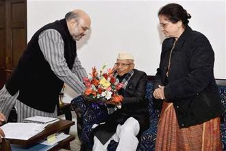 BJP president Amit Shah greets Narayan Dutt Tiwari who joined the BJP in New Delhi on Wednesday. Photo: PTI