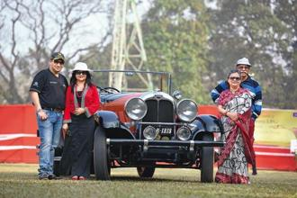 Partha Sadhan Bose and his family with the 1926 Auburn.