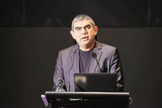 All the hand wringing over the developments at Infosys masks the fact that what CEO Vishal Sikka might be trying to achieve is some kind of high-performance, high-reward culture that incentivizes high performers. Photo: Hemant Mishra/Mint