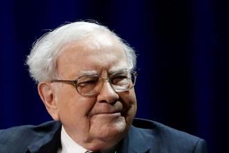 Warren Buffett, chairman and CEO of Berkshire Hathaway, said on Monday that airlines had a 'bad first century' but that he came around on the industry because carriers had been operating at higher capacities. File photo: Reuters