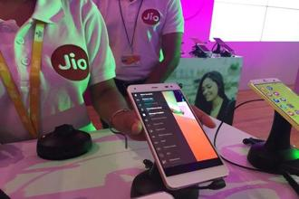 The project will also extend Reliance Jio's coverage in rural areas by expanding its reach to over 90% of the population. Photo: Reuters