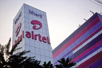 The stake sale in mobile towers firm Bharti Infratel will provide Airtel much-needed funds in the battle against Reliance Jio in India's telecom industry. Photo: Pradeep Gaur/Mint