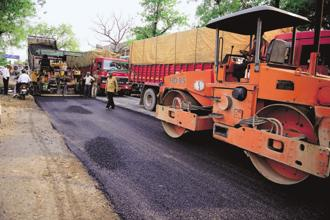 InvITs will help repair the balance sheets of road developers and provide enough cushion for investor returns. Photo: Pradeep Gaur/Mint