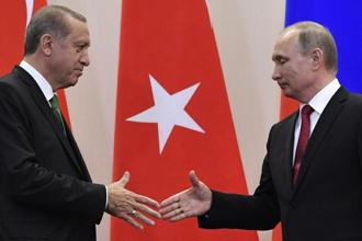 Russia and Turkey remain at odds over trade restrictions imposed after Turkey shot down a Russian warplane near the Syrian border in 2015. Photo: Alexander Nemenov/AFP