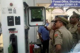 The revelations in the Uttar Pradesh petrol pump scam have proved that the rights of the consumer are not safe anywhere. Photo: PTI