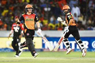 Sunrisers Hyderabad's David Warner (left) and Shikhar Dhawan are IPL 2017's top two scorers so far. Photos: Hindustan Times