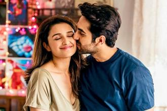 Parineeti Chopra and Ayushmann Khurrana (right) in a still from 'Meri Pyaari Bindu'.