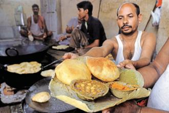 The richest 5% of Urban India spent Rs2,859 per head per month on food in 2011-12, according to NSSO survey, about nine times more than that spent by the bottom 5% of Rural India. Photo: AFP