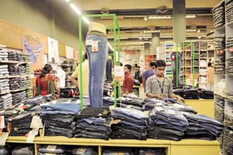 Retail stores are also bringing down the days of discounting and focusing on improving profit margins. Photo: Indranil Bhoumik/Mint