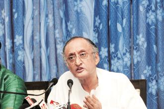West Bengal FM Amit Mitra's contentions on 1 July GST rollout comes days ahead of the GST Council meeting in New Delhi on Saturday. Photo: Indranil Bhowmik/Mint