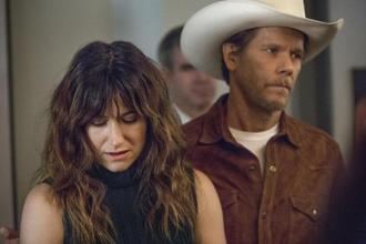 Kathryn Hahn (as Chris Kraus) and Kevin Bacon in 'I Love Dick'