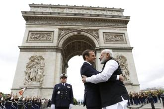 Emmanuel Macron accepted Narendra Modi's invitation and said he will visit New Delhi by the end of the year. Photo: AP